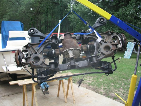 Diff on 1995 Ford Thunderbird Rear Suspension